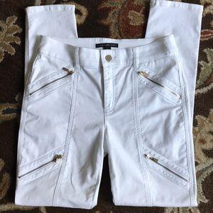 Chicos white fashionable skinny jeans sz 0 EUC